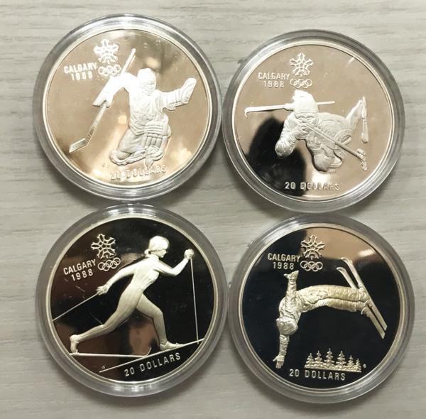 希少 1988年 カナダ カルガリー 第15回冬季オリンピック 銀貨 4枚セット シルバー925 プルーフ 切手付 美品買取致しました。