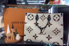 土岐市のお客様より LOUIS VUITTONオンザゴーGM モノグラムジャングル買取致しました。