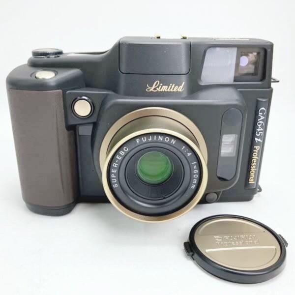 富士フイルム FUJI FILM 中判フィルムカメラ GA645i Professional F4 f=60mm 15周年記念モデル 買取致しました。