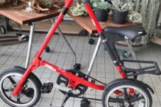 STRIDA LT  折りたたみ ミニベロ 自転車 買取致しました。