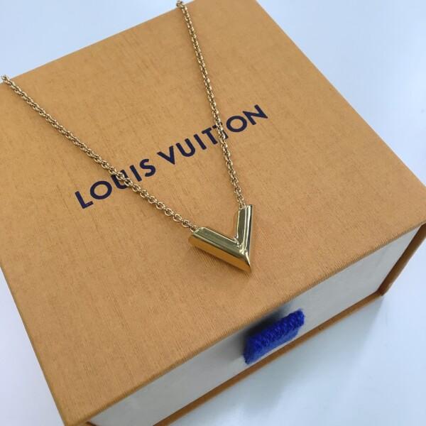 LOUISVUITTON エセンシャル V  M61083 ネックレス買取致しました。